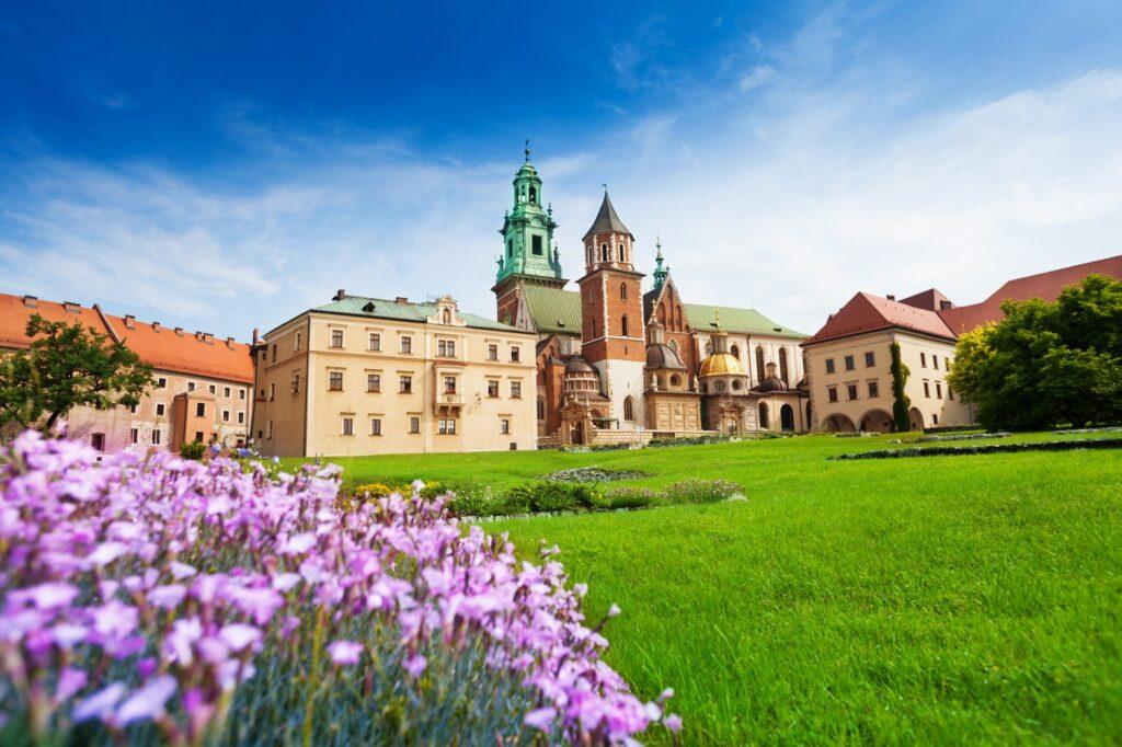 Widok w pobliżu Zamku Królewskiego na Wawelu